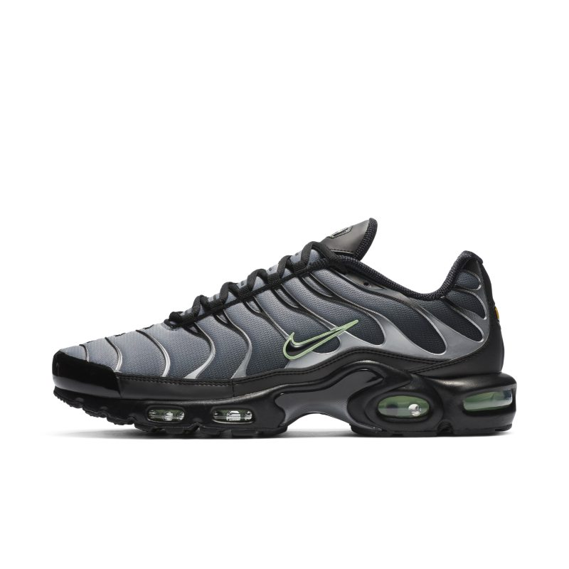 Nike Air Max Plus CZ7552-001 01