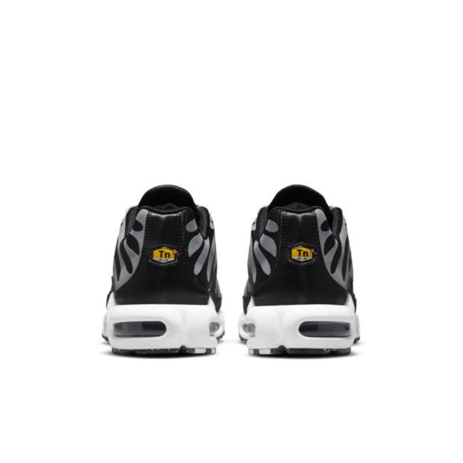 Nike Air Max Plus DM2466-001 04