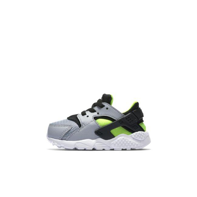 Nike Huarache Run 704950-015 02