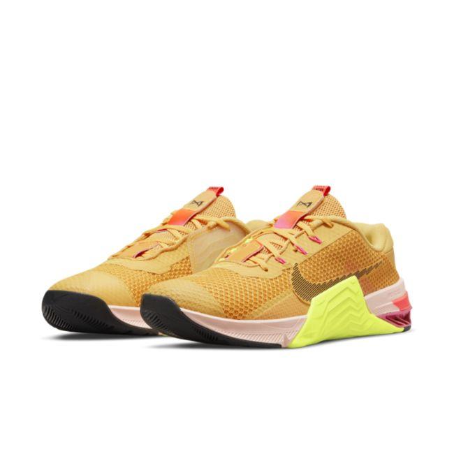 Nike Metcon 7 X DA8110-721 04