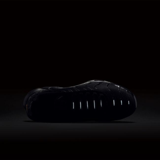 Nike Air Max Plus CD0609-001 03