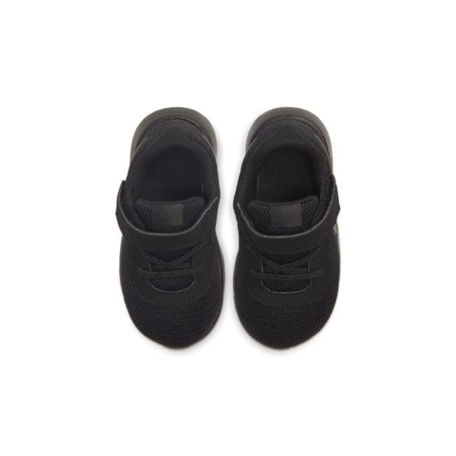 Nike Tanjun 818383-001 02