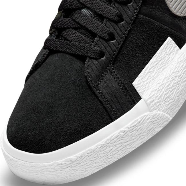 Nike SB Zoom Blazer Mid Premium DA8854-001 03