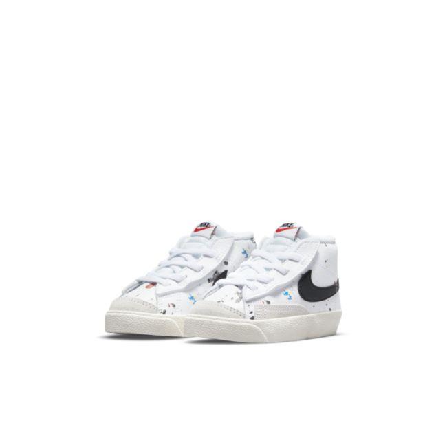 Nike Blazer Mid '77 DJ2620-100 03