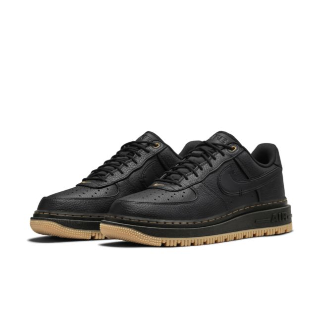 Nike Air Force 1 Luxe DB4109-001 02