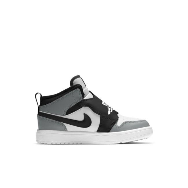 Sky Jordan 1  BQ7197-102 03
