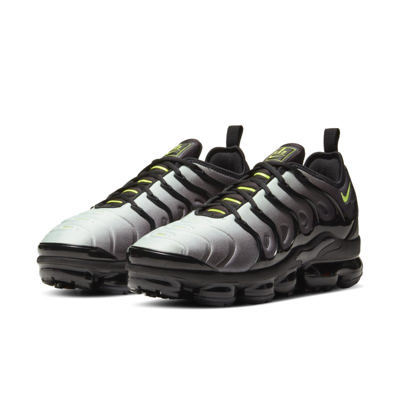 Nike Air VaporMax Plus CW7478-001 02