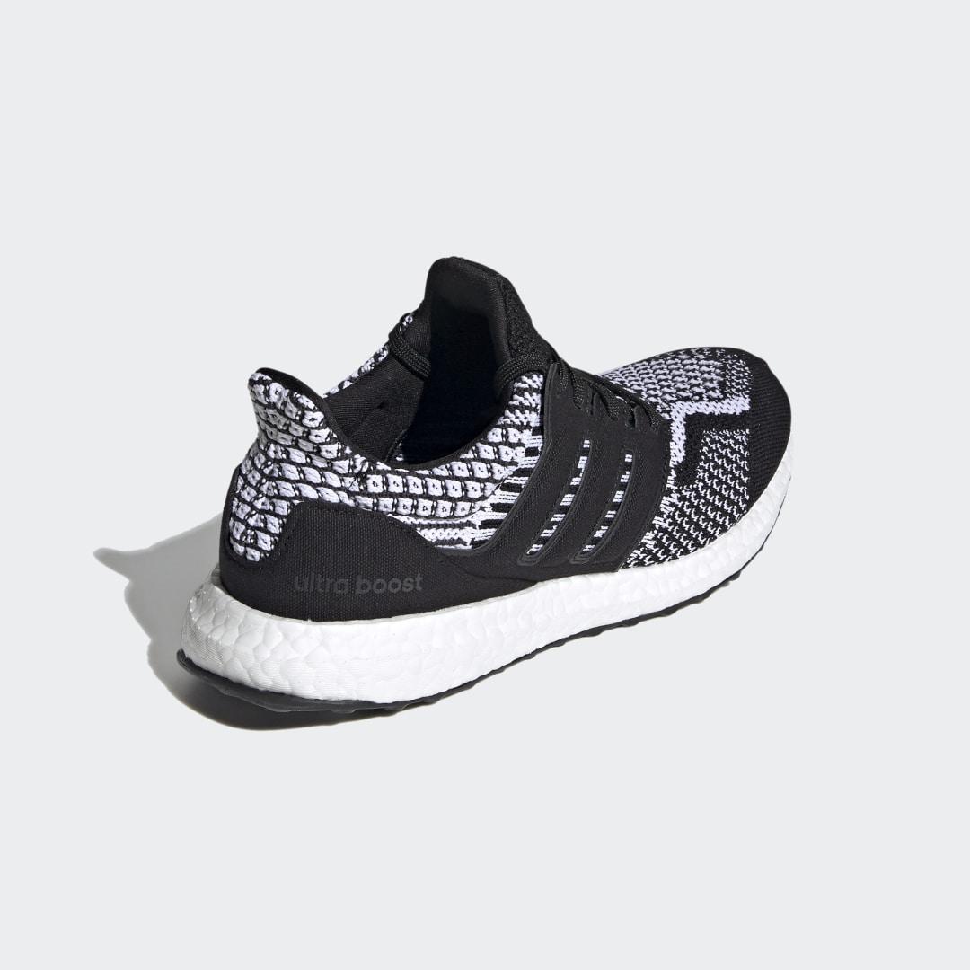 adidas Ultra Boost 5.0 DNA  FZ1850 02