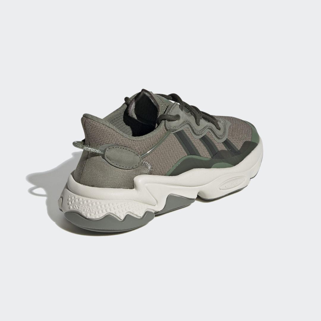 adidas Ozweego FV2965 02