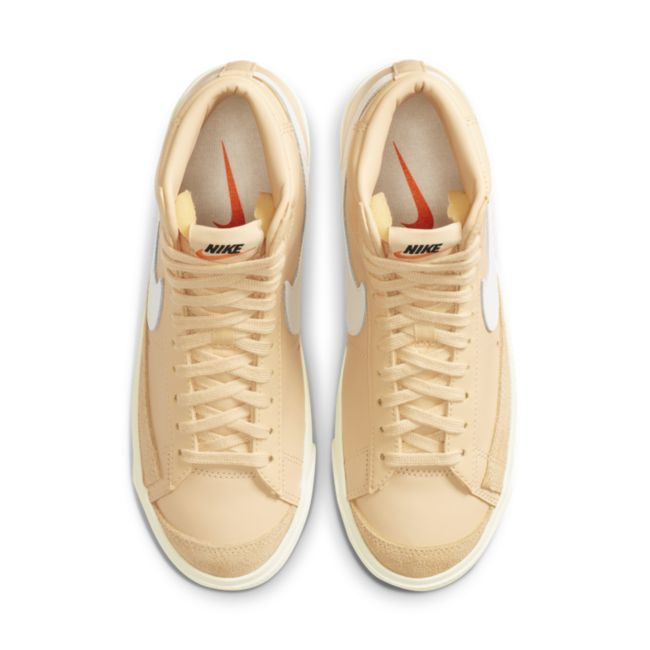 Nike Blazer Mid '77 Vintage CZ1055-700 02