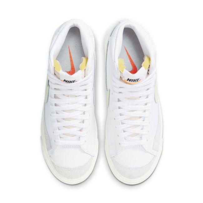 Nike Blazer Mid '77 CZ1055-108 02