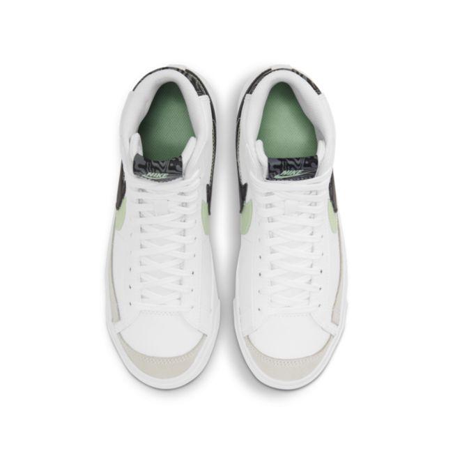 Nike Blazer Mid '77 SE DD1847-100 02