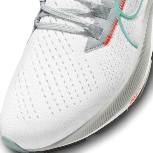 Nike Air Zoom Pegasus 38 CW7358-105 03