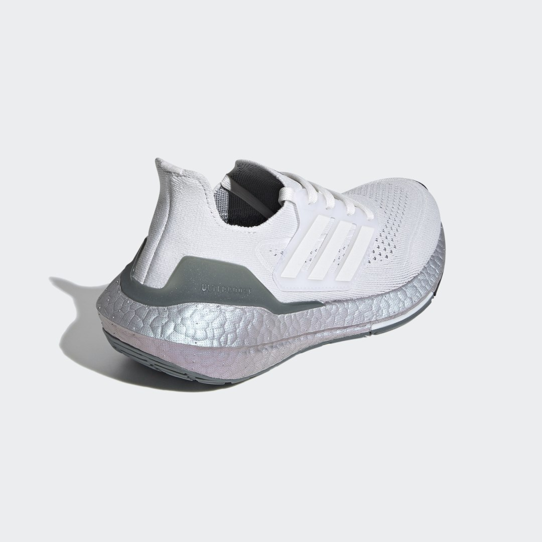 adidas Ultra Boost 21 FZ2930 02
