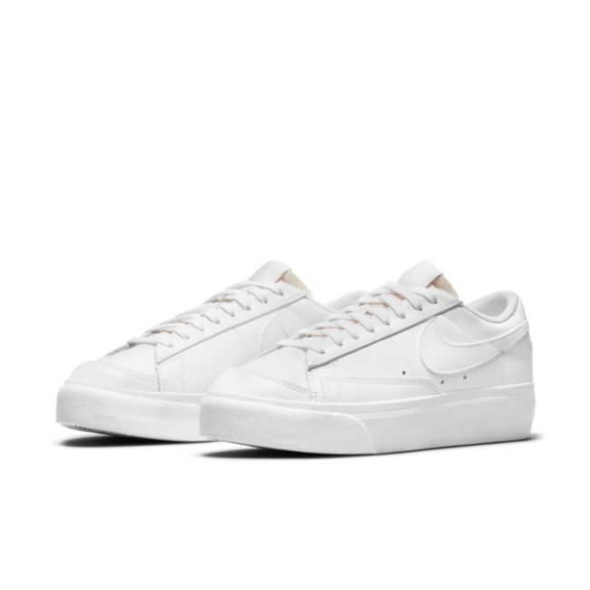 Nike Blazer Low Platform DJ0292-100 04