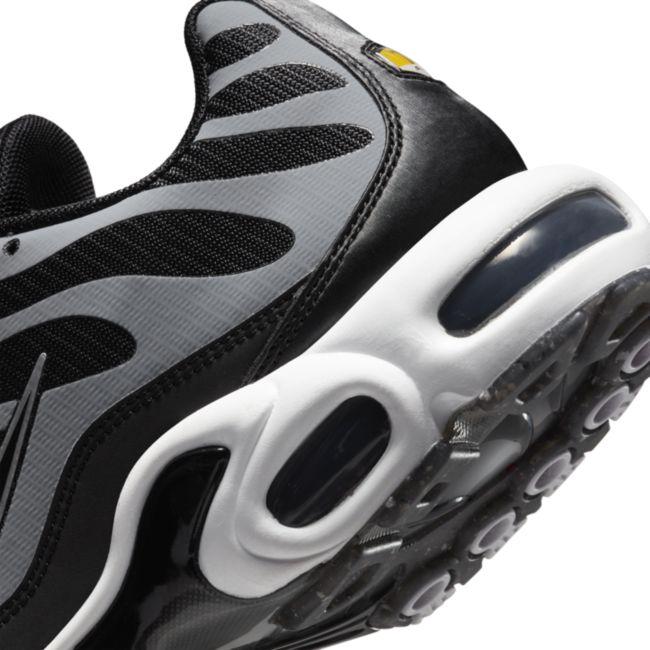 Nike Air Max Plus DM2466-001 03