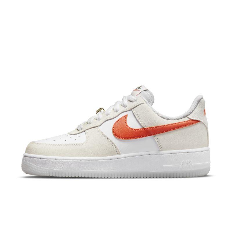 Nike Air Force 1 '07 SE DA8302-101 01