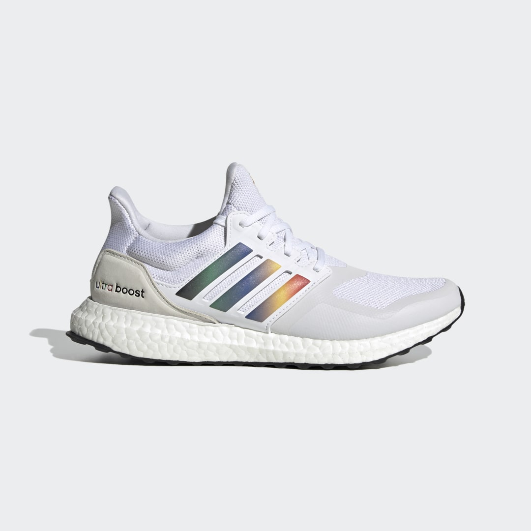 adidas Ultra Boost DNA FV7014 01