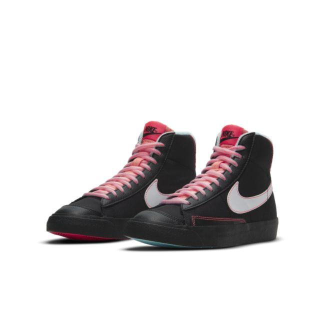 Nike Blazer Mid '77 DD7710-001 04
