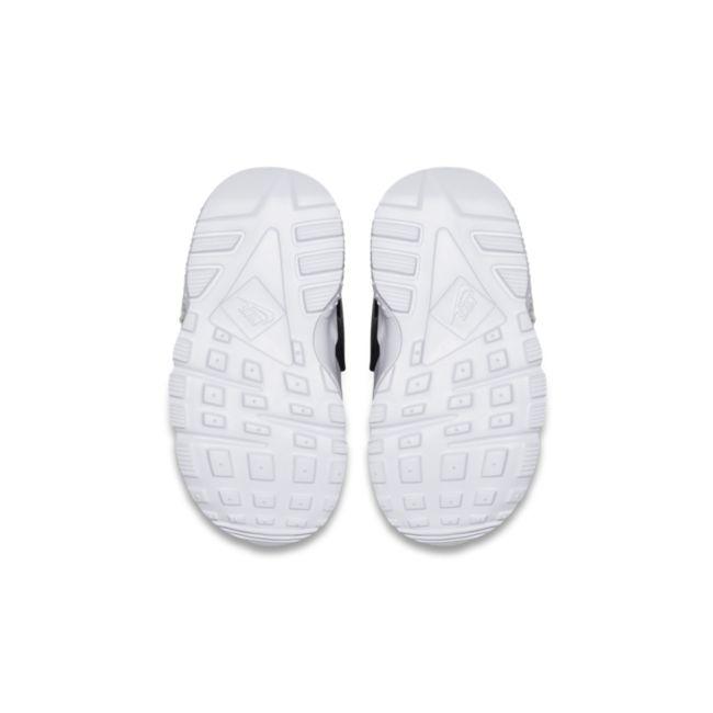 Nike Huarache Run 704950-015 03