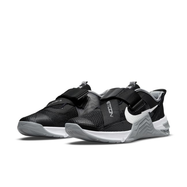 Nike Metcon 7 FlyEase DH3344-010 02