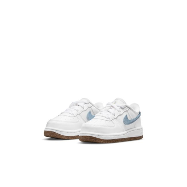 Nike Force 1 LV8 CZ2663-100 03