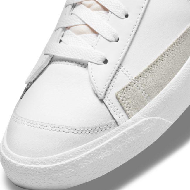 Nike Blazer Mid '77 DN7996-100 03