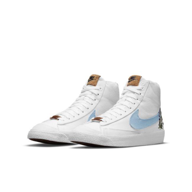 Nike Blazer Mid '77 DC8246-100 04