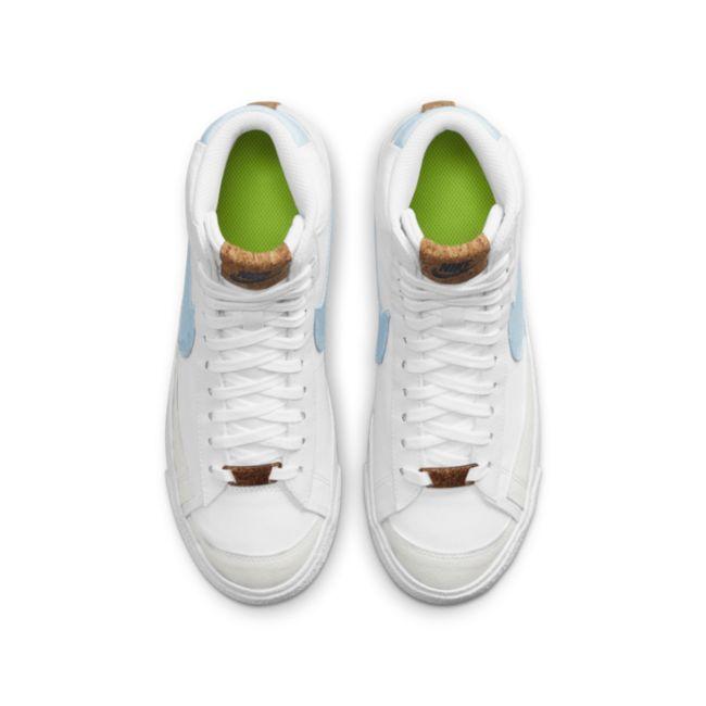 Nike Blazer Mid '77 DC8246-100 02