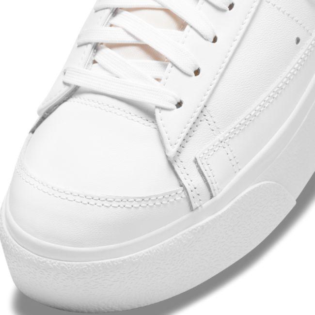 Nike Blazer Low Platform DJ0292-102 03