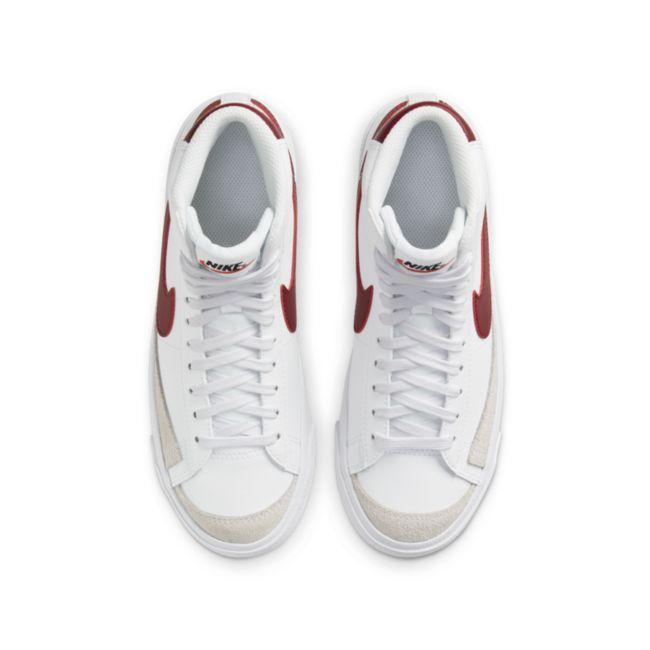 Nike Blazer Mid '77 DA4086-102 02