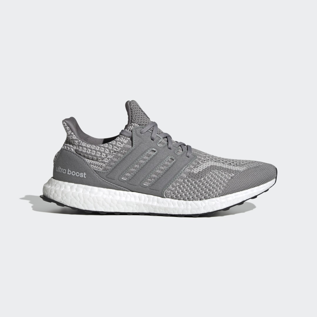 adidas Ultra Boost 5.0 DNA FY9354 01