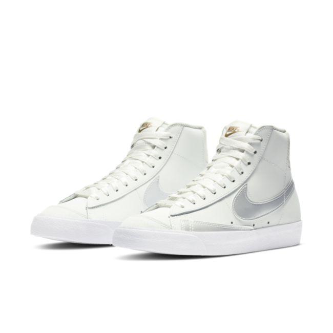 Nike Blazer Mid '77  DD6610-100 02