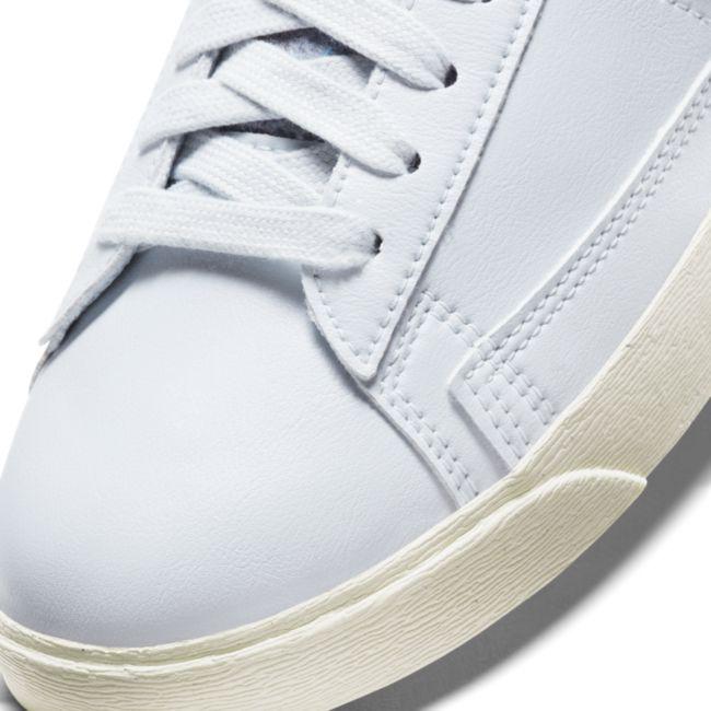 Nike Blazer Low SE DA4934-400 03