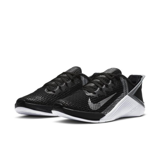 Nike Metcon 6 FlyEase DB3794-010 04