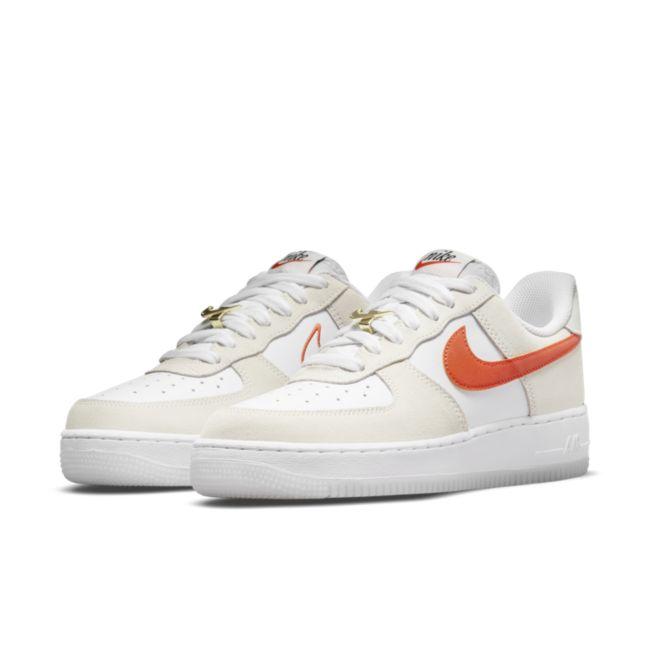 Nike Air Force 1 '07 SE DA8302-101 02