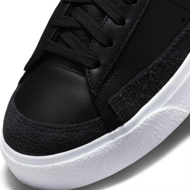 Nike Blazer Low Platform DJ0292-001 03