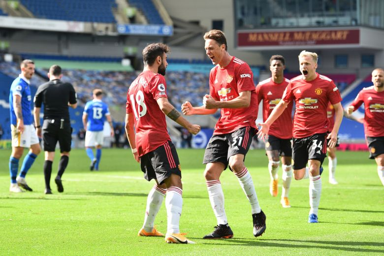 MANCHESTER UNITED EARN DRAMATIC 3-2 WIN AT BRIGHTON