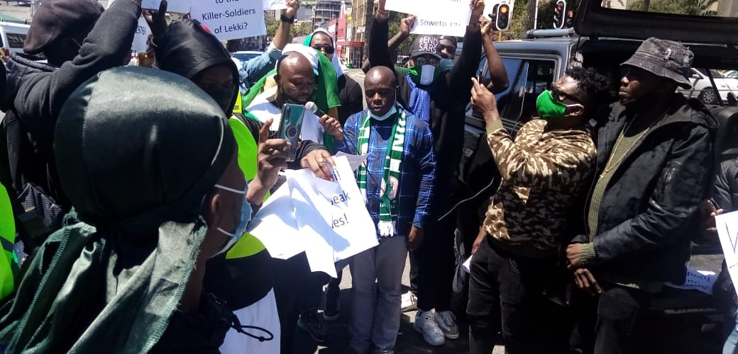 UPDATED: NIGERIANS IN SOUTH AFRICA JOIN #ENDSARS PROTESTS