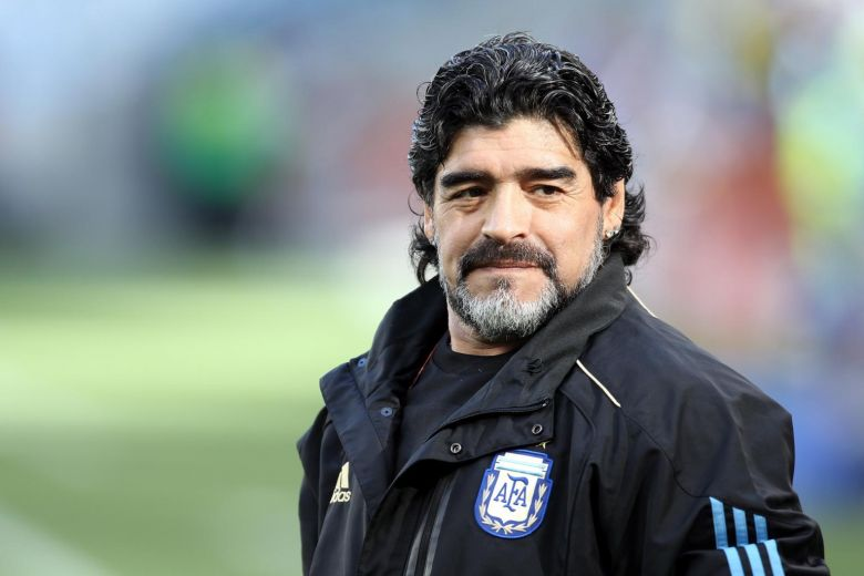 NO FOUL PLAY; MARADONA DIED OF 'NATURAL CAUSES', SAYS ARGENTINIAN PROSECUTOR, BUT AUTOPSY STILL TO BE DONE