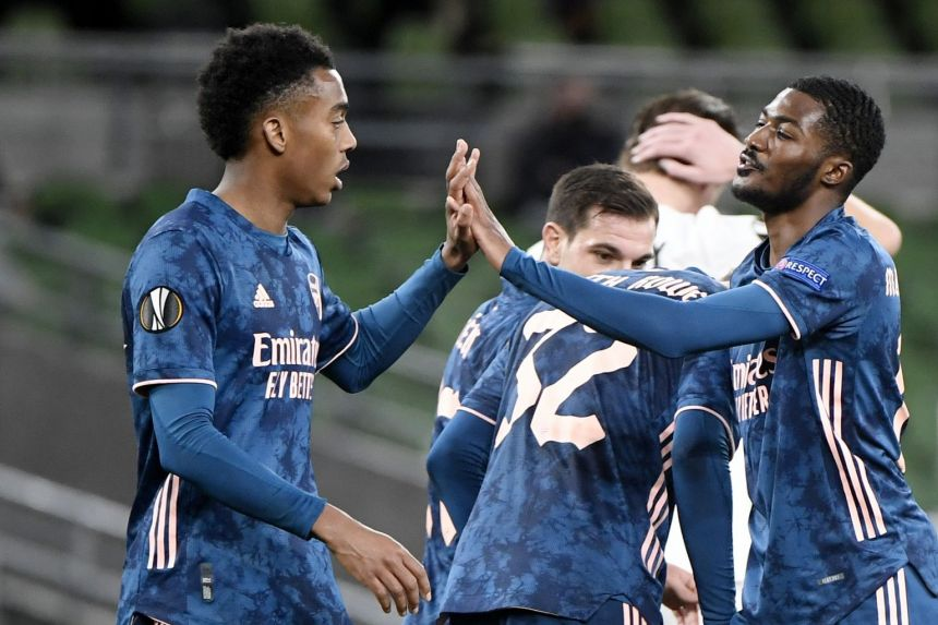 ARSENAL EASE PAST DUNDALK TO STAY PERFECT IN EUROPA LEAGUE