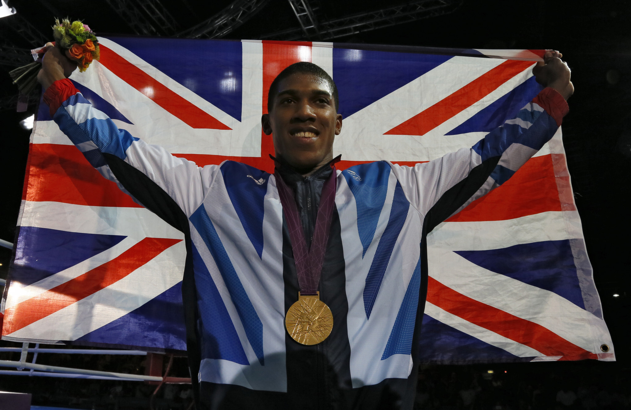 ANTHONY JOSHUA PLEDGES FINANCIAL BACKING TO BRITISH BOXING CLUBS TO REDUCE IMPACT OF COVID-19
