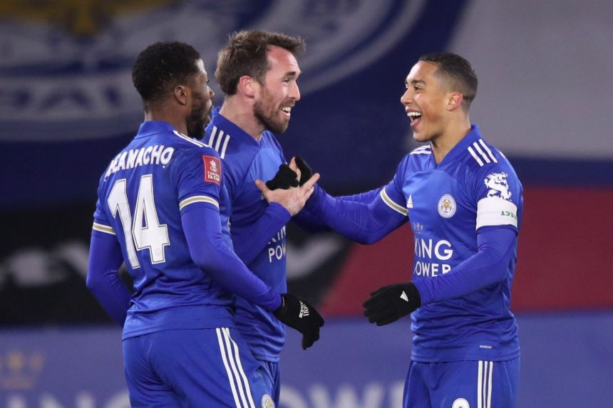 IHEANACHO WITH LATE GOAL SENDS LEICESTER TO FA CUP QUARTER-FINALS