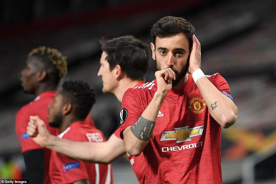 MAN UNITED IN A STUNNING 2ND HALF FIGHTBACK TO ANNIHILATE ROMA 6-2