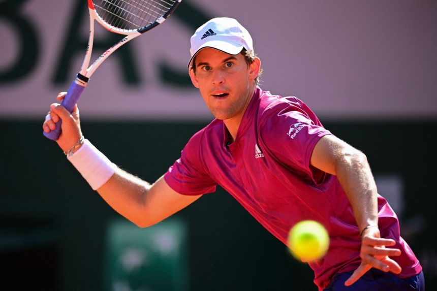 Two-time finalist Thiem knocked out of French Open in 1st round by Andujar