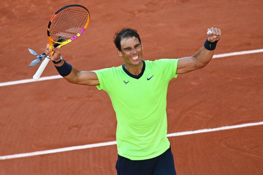 Nadal marches into French Open quarter-finals