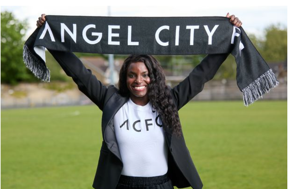 Nigerian-born Eni Aluko deletes Twitter account to tackle online abuse