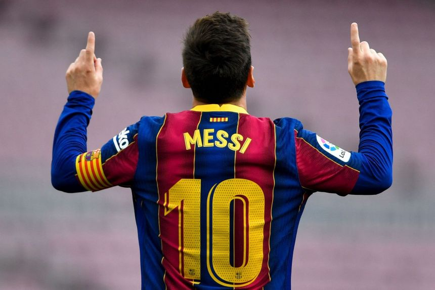 Messi rejects jersey number 10, opts for number 19