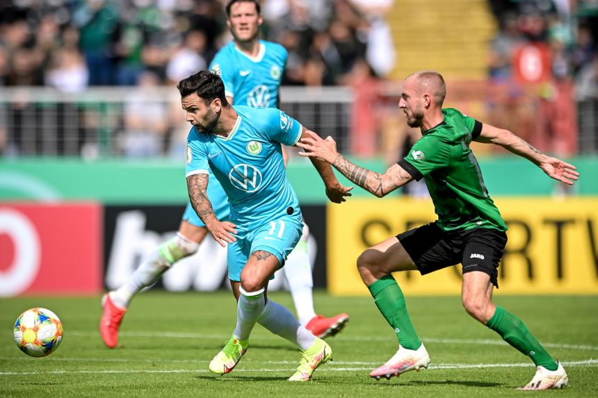 Wolfsburg thrown out of German Cup over subs mix-up
