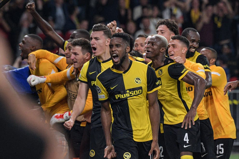 Added time nightmares for Manchester United,  lose 2-1 to Young Boys